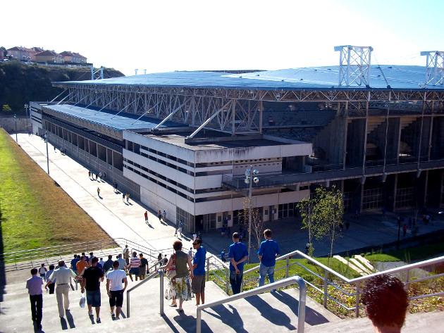 Arriving at Stadium