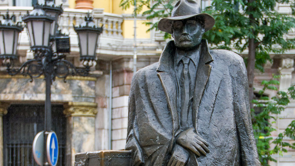 Read more about the article Oviedo's Statues: The Return of Williams B. Arrensberg