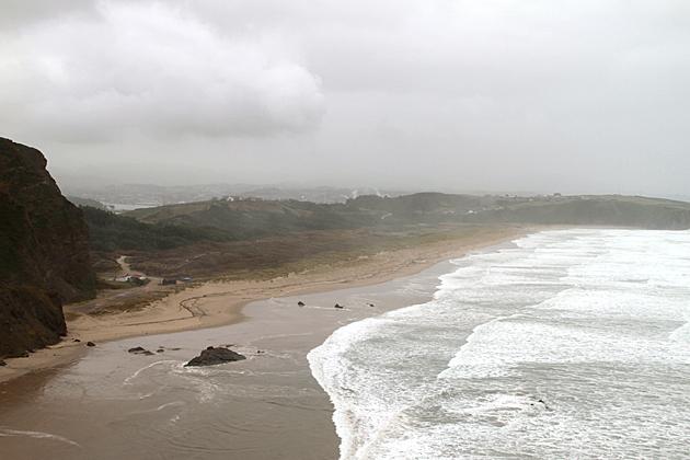 Driving around the Cabo Peñas