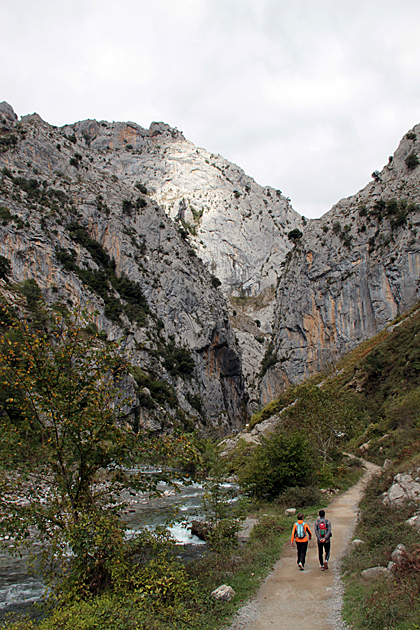 The Ruta del Cares: Seven-Hour Megahike
