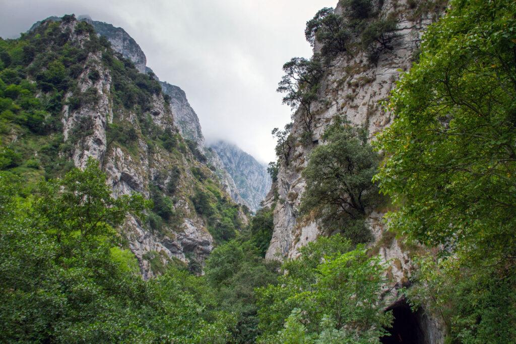 Hiking in Spain Asturias Mountain
