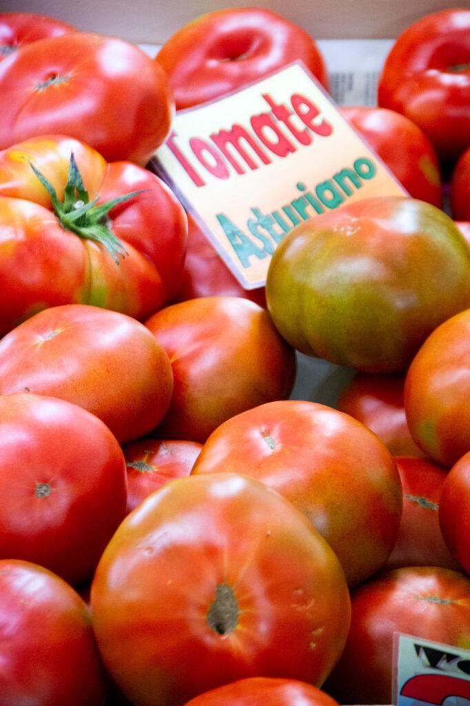 Tomate Asturiano Mercado Oviedo