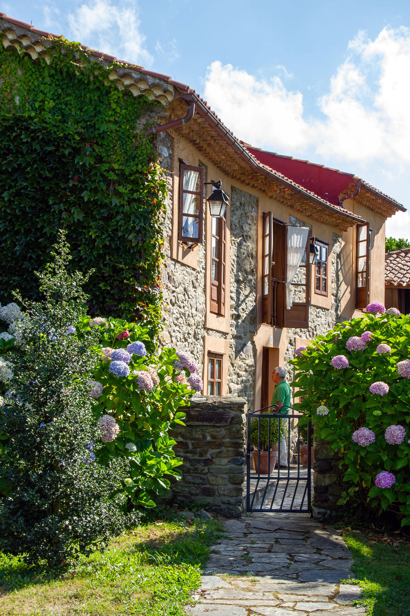 Buy a house real estate Cudillero