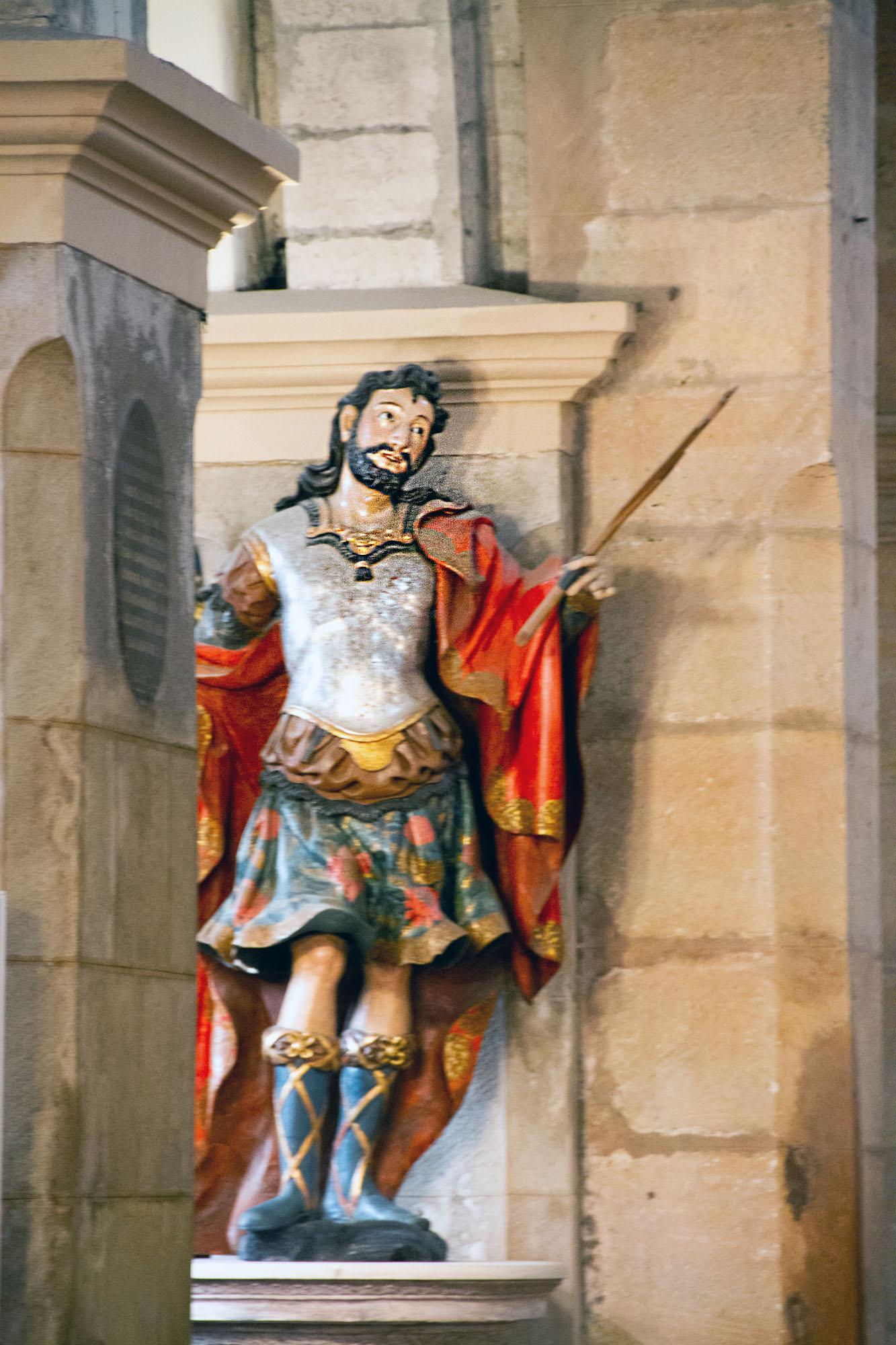 San Tiros Magician